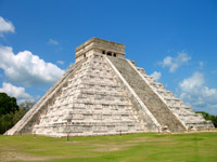 Mexico travel information - Mayan Pyramid Chichen Itza